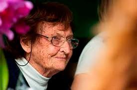 Ana Maria Primavesi (Sankt Georgen ob Judenburg, Estiria, 1920) es una ingeniera agrónoma brasileña nacida en Austria, responsable por avances en el campo de estudio de las ciencias del suelo en general, y especialmente sobre el manejo ecológico del suelo